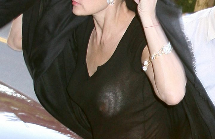 Demi Moore See-Through Pictures: Braless Beauty Shows Her Sexy Nipples