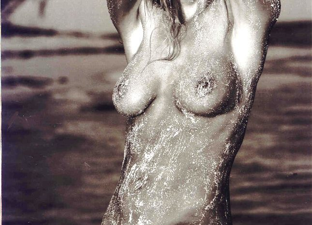 Perfect Blonde Denise Richards Posing Naked on the Pages of Playboy