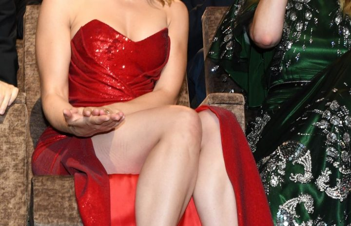 Scarlett Johansson Showing Her Boobs and Legs at a Screening