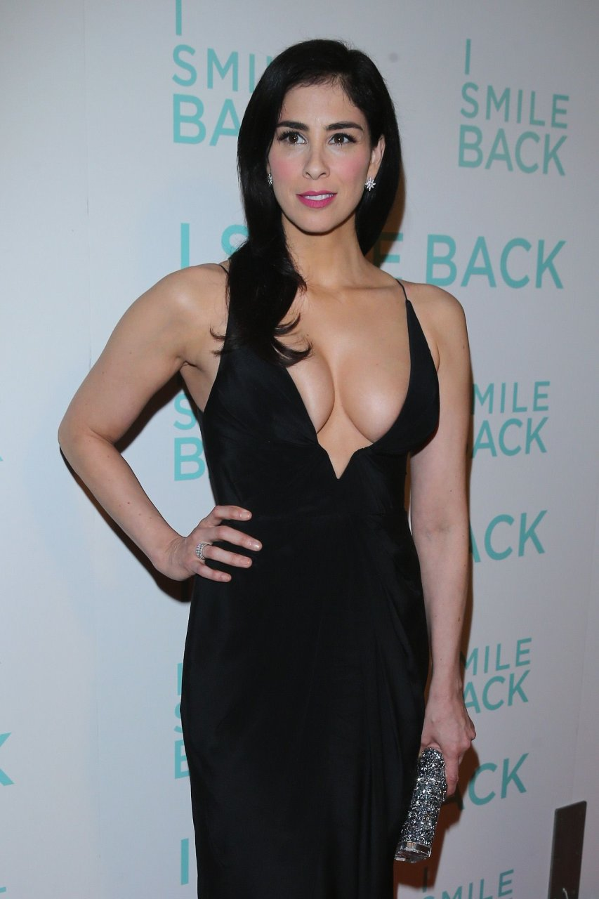 Sarah Silverman cleavage | The Fappening