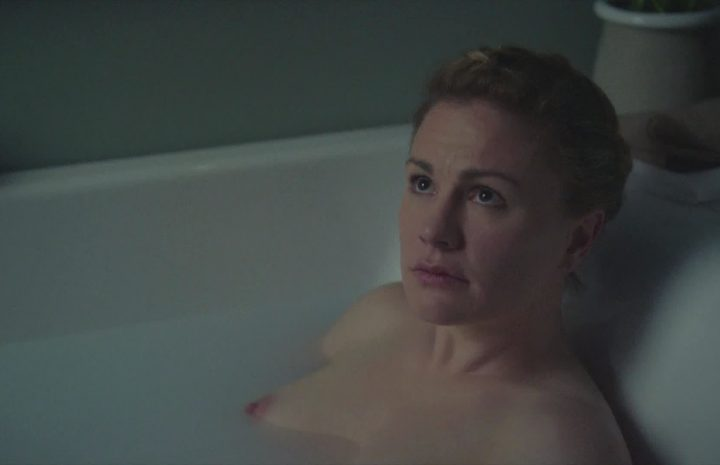 """All the Hottest Anna Paquin Screencaps from """"The Affair"""" [18 Images]"""