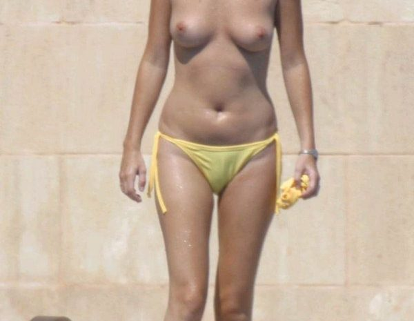 Brunette Anna Friel Sunbathing Topless and Looking Perfect in the Process