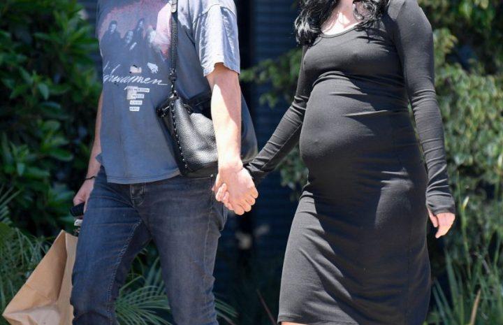 Braless (And Pregnant) Krysten Ritter Showing Her Delicious Pokies