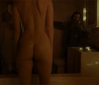 Gorgeous Mary Elizabeth Winstead Flashes Her Wet Nude Booty in HQ
