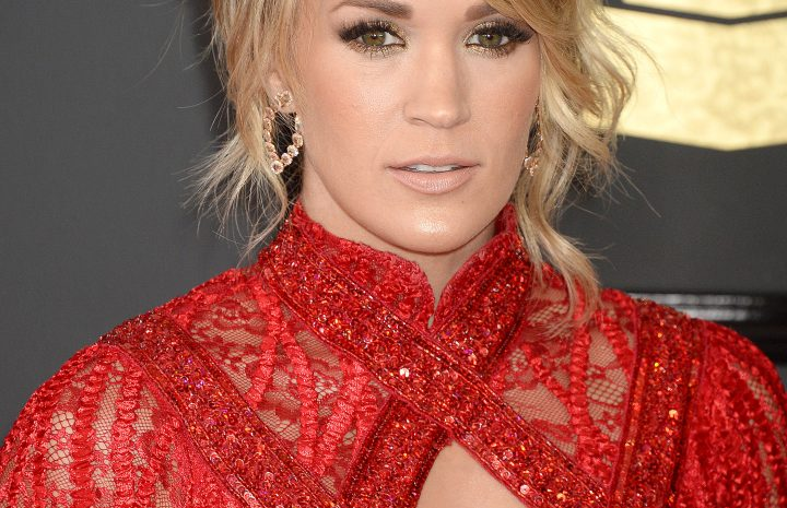 Blond-Haired Seductress Carrie Underwood Looks Great in Her Red Dress