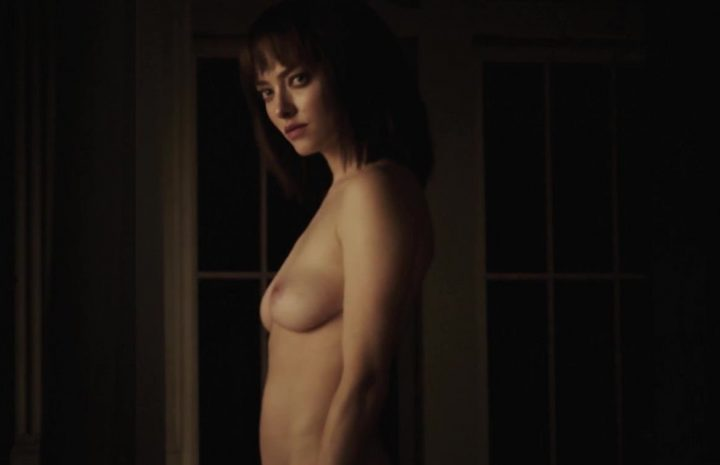 Amanda Seyfried Shows Naked Breasts, Rides Clive Owen's Cock