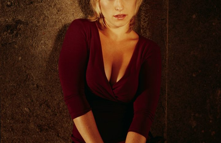 Assortment of Random Sexy Allison Mack Pictures in HQ