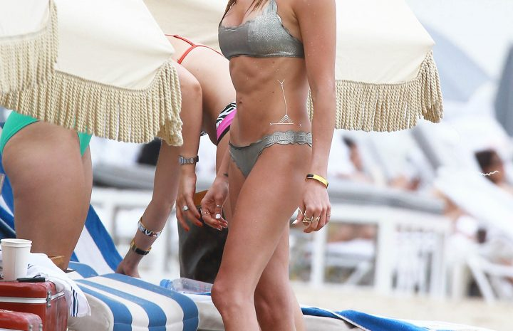 Emily Bett Rickards Proudly Displaying Her Abs and Ass in a Bikini