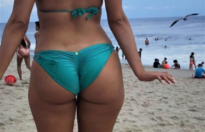 Big-Butted Beauty Bebe Rexha Shows Her Backside in a Hot Bikini
