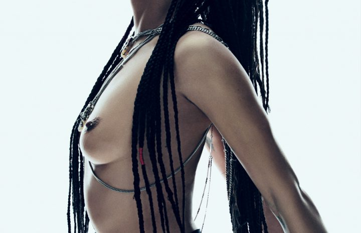 Exquisite Seductress Zoë Kravitz Goes Fully Topless in a Hot B&W Gallery