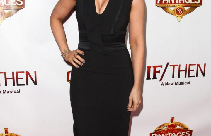 Seductive Lacey Chabert Showing Her Beautiful Rack on the Red Carpet