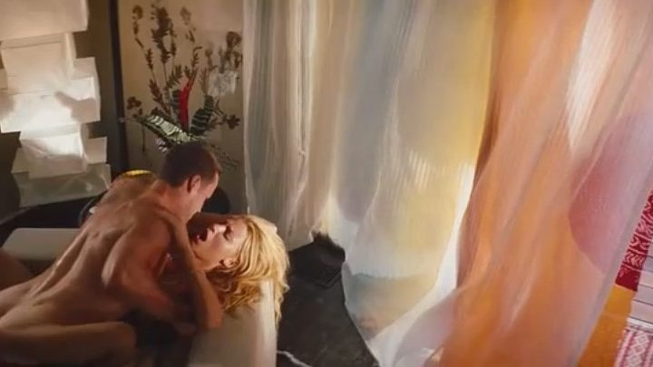 Sweatiest and Most Ridiculous Blake Lively Sex Scene You Can Imagine