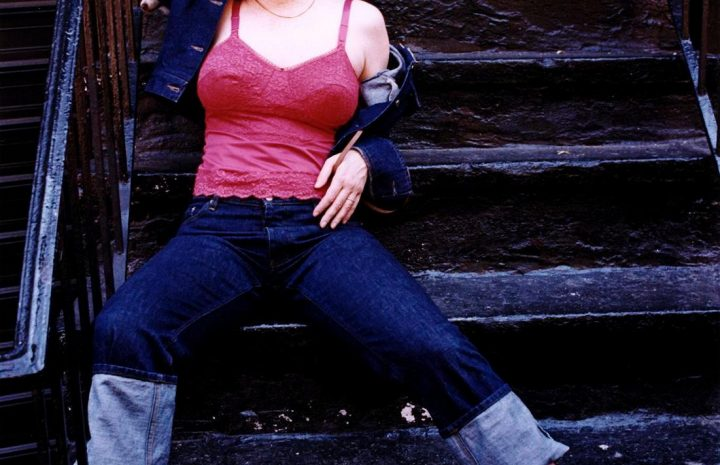 Hot Redhead Molly Ringwald Striking Sexy Poses in an Outdoor Photoshoot