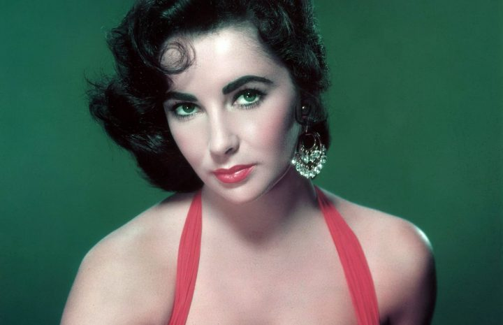 Old-School Hollywood Icon Elizabeth Taylor Showing Her Gorgeous Rack