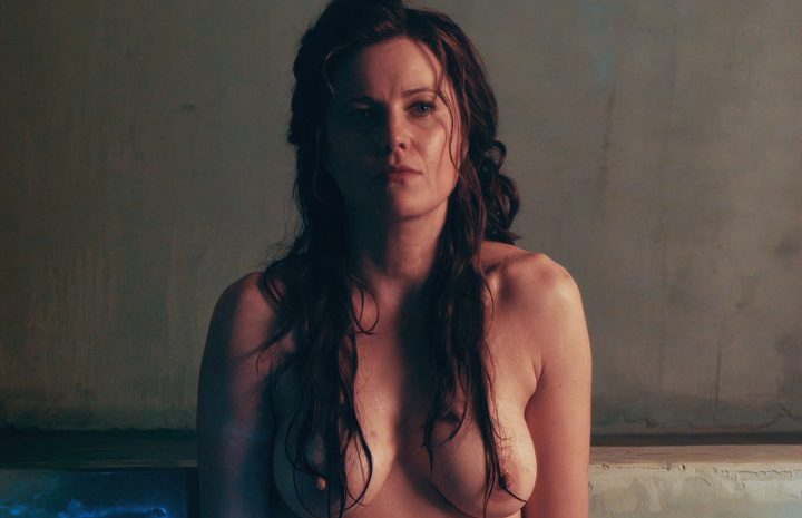 Best Lucy Lawless Topless and Naked Screenshots from Sex Scenes and Beyond
