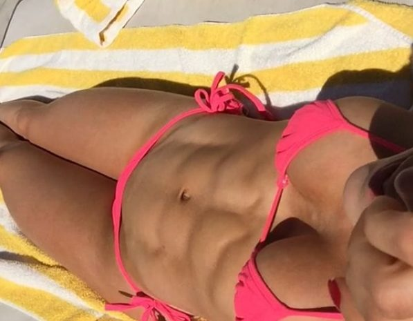 Best Gallery to Introduce Someone to Anllela Sagra (and Her Slutty Pics)