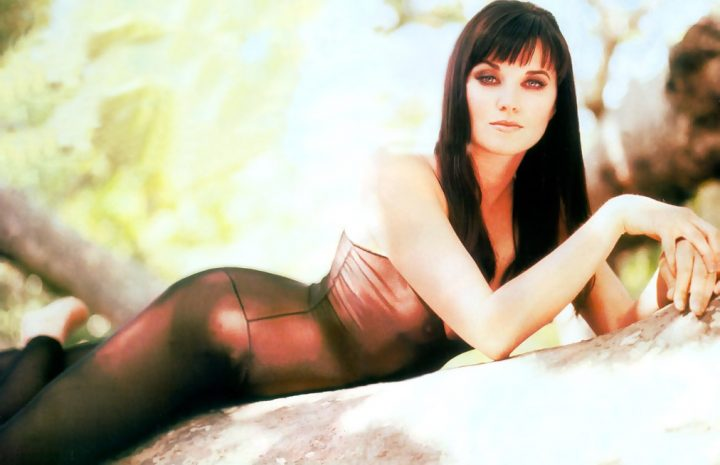 Ultimate Collection of Sexy Lucy Lawless Pictures from Different Sources