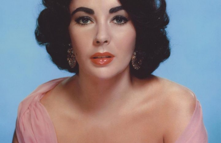 Only the Best Pics Spotlighting Elizabeth Taylor's Ample Cleavage