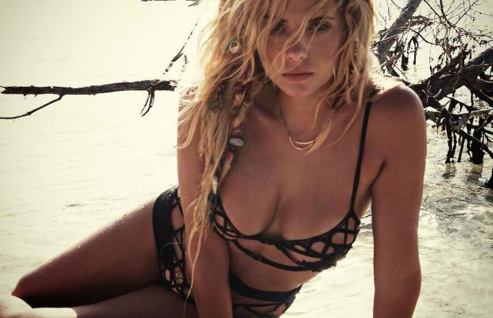 Hot Ashley Benson Pictures and Many Amazing Cleavage Shots (All HQ)