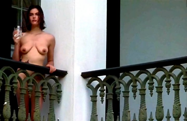 Fully Naked Teri Hatcher Teasing with Her Natural Boobies in a Hot Scene