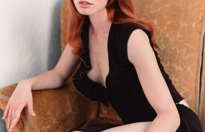 Ginger Seductress Alicia Witt Refuses to Wear a Bra, Looks Hot AF