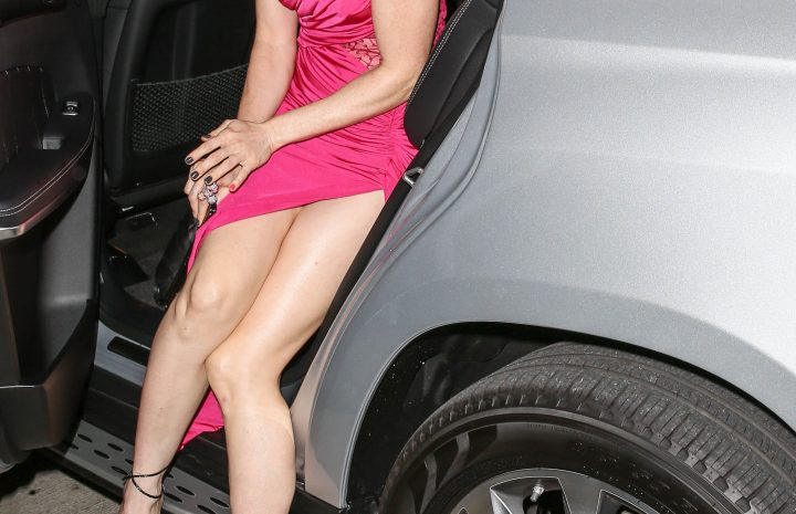 Long-Legged Alicia Witt Showing Her Sexy Gams in a Hot Gallery
