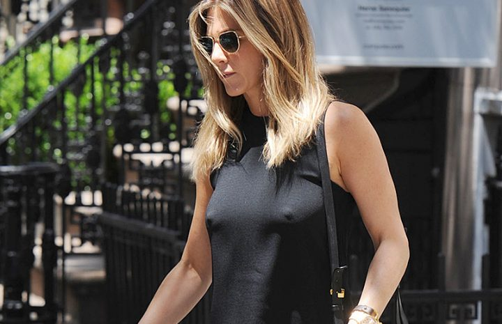 Horny MILF Hottie Jennifer Aniston Does Really Well While Showing Her Nips